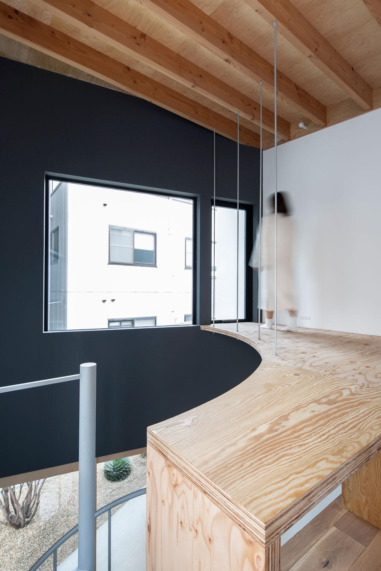 Lの敷地の住宅 設計 奥和田健